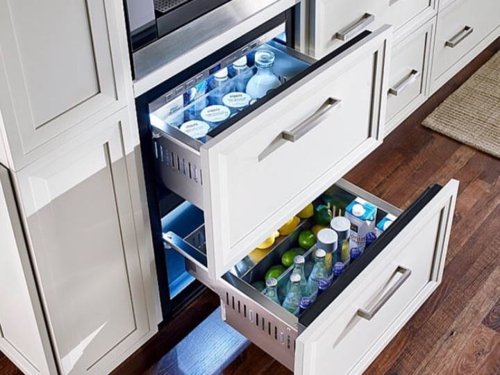 Viking Refrigerated Drawers Outdoors